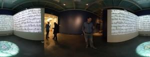 """Montaggio dell'allestimento immersivo a Vercelli della mostra immersiva """"Magna Charta"""""""
